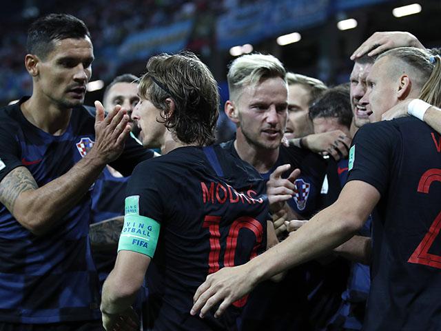 Hrvati u taličnim dresovima protiv