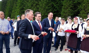 Asfalt na Kalipolju povezao Moravički sa Zlatiborskim okrugom