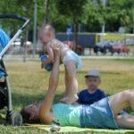 Šta sa malom decom tokom letnjih odmora?