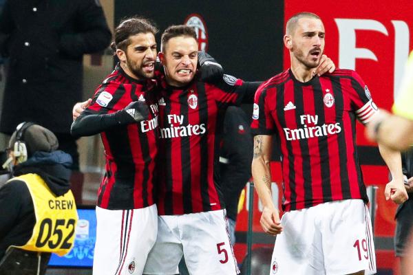 Milan prodaje vezistu, dva kluba u igri