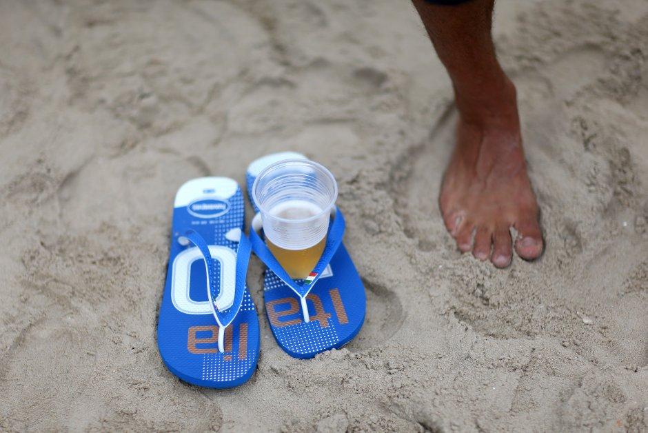 japanke, pivo, leto, plaža, odmor, pesak, italija