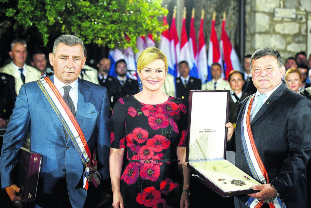 NA TANKOM LEDU Da li će odnosi Hrvatske i Srbije ikada biti dobri