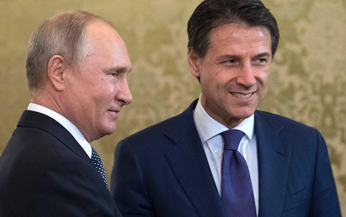"""Konte pozvao Putina da poseti Italiju: """"Dugo niste bili kod nas"""""""