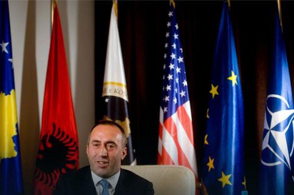 ŠAHOVNICA NA STOLU, LITAR RAKIJE ZA ZAGREPČANE Haradinaj za hrvatske medije: Nećemo se odreći KOSOVSKIH DRAGULJA