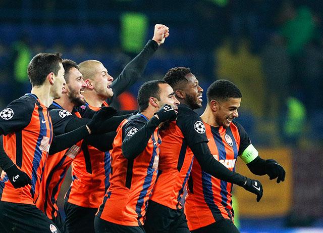 Šahtjor slavio nakon preokreta, Dinamo Kijev izgubio titulu u derbiju?