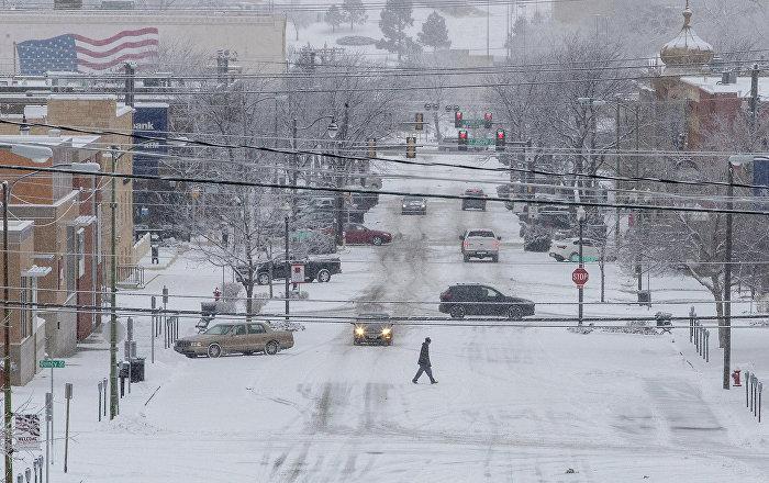 Snežna oluja izazvala kolaps u Americi