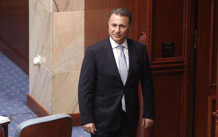 Gruevskom ukidaju poslaničku platu
