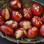 Hristos vaskrse! Sputnjik vernicima želi srećan Uskrs!