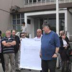 Višegodišnja agonija bez kraja: Sa jednog od protesta klijenata ispred Osnovnog suda