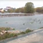 Imanja u Mokroj njivi ponovo poplavljena, voda ušla i u kuće