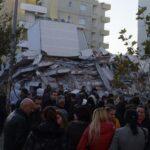 Snimci albanske televizije: Zgrade u ruševinama, bolnice pune...