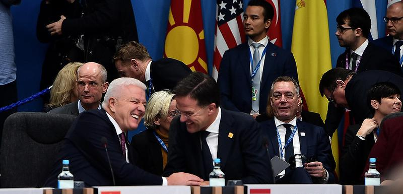 Premijeri Marković i Rute tokom samita NATO-a u Londonu