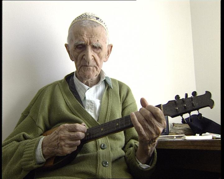 Pjevački fenomen svirao tamburu: Hamdija Hašinpašić