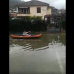 VIDEO Kajakom po poplavljenoj tivatskoj ulici