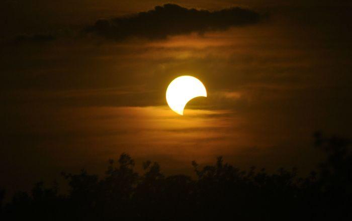 Pomračenje Meseca u petak uveče