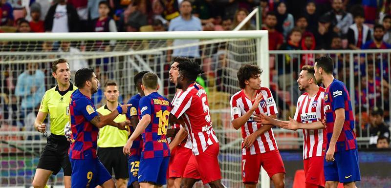 Pogledajte kako Savić zavodi red i brani saigrača od Barsinih igrača