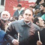 Nalaganje prvog badnjaka Odbora za obnovu Crnogorske crkve 6. januara 1991. na Cetinju