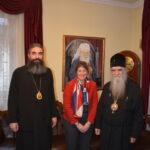 Vladika Metodije, Alison Kemp i mitropolit Amfilohije